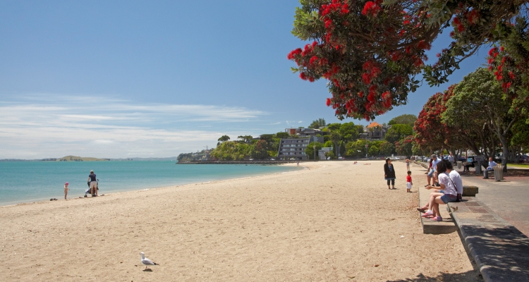 Aucklands ultimate summer hotspots designer menswear in - Mission bay swimming pool auckland ...
